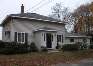 Foreclosed Home in Barrington 02806 BOWDEN AVE - Property ID: 4424844438