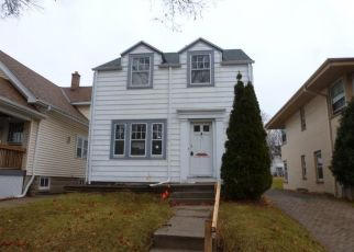 Foreclosed Home in Milwaukee 53208 N 59TH ST - Property ID: 4424924592