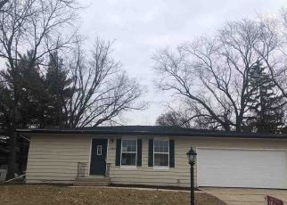 Foreclosed Home in Edgerton 53534 N OAKWAY LN - Property ID: 4424928982