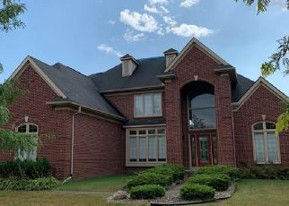 Foreclosed Home in Canton 48188 CROWNDALE LN - Property ID: 4424943870