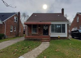 Foreclosed Home in Detroit 48205 CARLISLE ST - Property ID: 4424948682