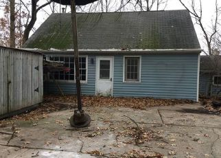 Foreclosed Home in Taylor 48180 MORTENVIEW DR - Property ID: 4424952172