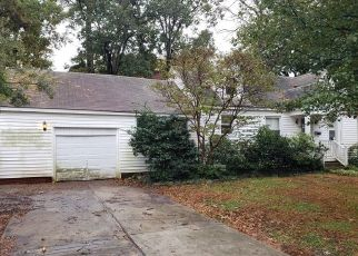 Foreclosed Home in Norfolk 23518 FRANK ST - Property ID: 4424978457