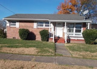 Foreclosed Home in Norfolk 23504 HANSON AVE - Property ID: 4424984147