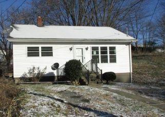 Foreclosed Home in Pulaski 24301 4TH ST NE - Property ID: 4424986790
