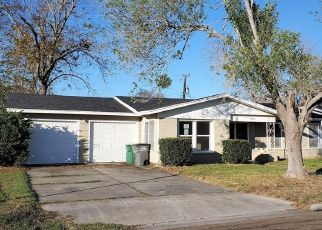 Foreclosed Home in Victoria 77901 E AIRLINE RD - Property ID: 4425014371