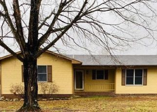 Foreclosed Home in Jasper 37347 PRYOR COVE RD - Property ID: 4425056416