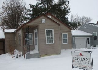 Foreclosed Home in Aberdeen 57401 3RD AVE SW - Property ID: 4425082253