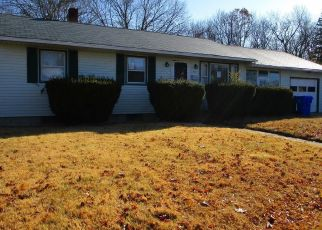 Foreclosed Home in West Warwick 02893 HARLEY ST - Property ID: 4425104601