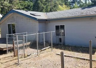 Foreclosed Home in North Bend 97459 WILDWOOD DR - Property ID: 4425138767