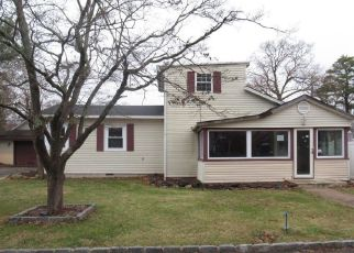 Foreclosed Home in Beachwood 08722 OCEAN AVE - Property ID: 4425208393
