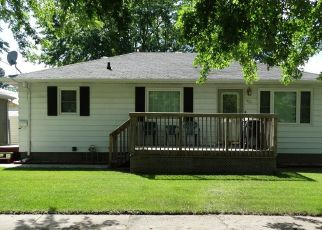 Foreclosed Home in Jamestown 58401 9TH AVE SE - Property ID: 4425212334