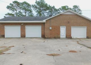 Foreclosed Home in Wilson 27896 HORNES CHURCH RD - Property ID: 4425228993
