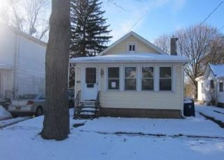Foreclosed Home in Lockport 14094 PROSPECT ST - Property ID: 4425234229