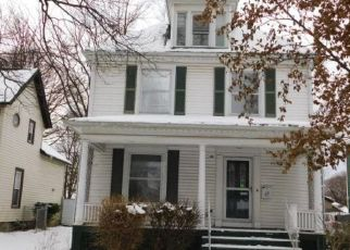 Foreclosed Home in Lockport 14094 HARVEY AVE - Property ID: 4425235551