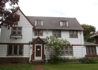 Foreclosed Home in Rochester 14613 SENECA PKWY - Property ID: 4425236874