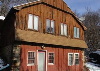 Foreclosed Home in Wolcott 06716 LYMAN RD - Property ID: 4425265326