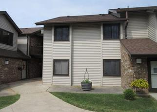 Foreclosed Home in Milwaukee 53222 W LISBON AVE - Property ID: 4425342414