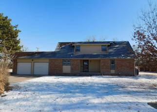 Foreclosed Home in Hutchinson 67501 AURORA DR - Property ID: 4425443143