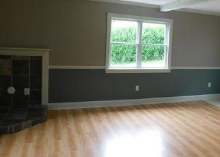 Foreclosed Home in Milford 08848 MOUNT JOY RD - Property ID: 4425496586