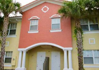 Foreclosed Home in Hollywood 33020 PIERCE ST - Property ID: 4425501850