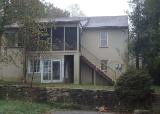 Foreclosed Home in Coatesville 19320 WALNUT ST - Property ID: 4425573223
