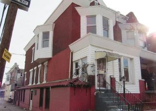 Foreclosed Home in Philadelphia 19131 N FRAZIER ST - Property ID: 4425685347