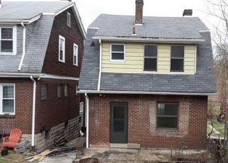 Foreclosed Home in Pittsburgh 15210 DAWES ST - Property ID: 4425725648