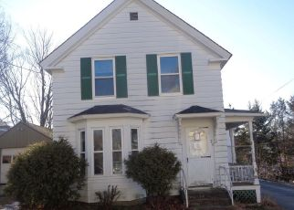 Foreclosed Home in Lisbon Falls 04252 MAPLE ST - Property ID: 4425740984