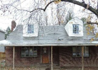 Foreclosed Home in Halethorpe 21227 GREYSTONE RD - Property ID: 4425760684