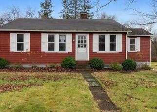 Foreclosed Home in Danbury 06810 E STARRS PLAIN RD - Property ID: 4425762887