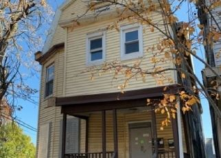 Foreclosed Home in Newark 07108 SEYMOUR AVE - Property ID: 4425763307