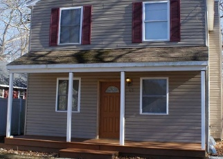 Foreclosed Home in Mastic 11950 WASHINGTON AVE - Property ID: 4425769436