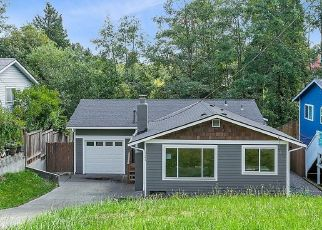 Foreclosed Home in Seattle 98126 31ST AVE SW - Property ID: 4425938501