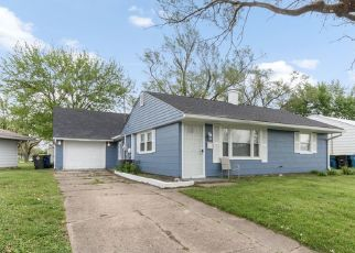 Foreclosed Home in Indianapolis 46226 BARLOW DR - Property ID: 4426046682