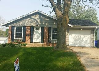 Foreclosed Home in Cedar Rapids 52404 CHERRY HILL RD SW - Property ID: 4426243320