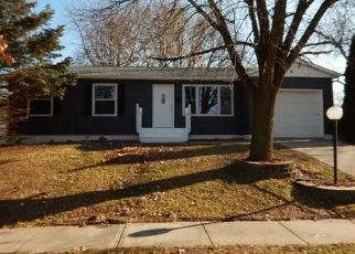 Foreclosed Home in Cedar Rapids 52405 CRESTRIDGE DR NW - Property ID: 4426245968
