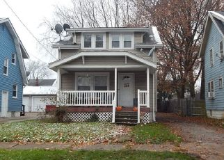 Foreclosed Home in Akron 44301 BROWN ST - Property ID: 4426388746