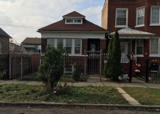 Foreclosed Home in Chicago 60629 S TROY ST - Property ID: 4426668155