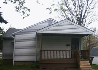 Foreclosed Home in Akron 44313 S HAWKINS AVE - Property ID: 4426705387