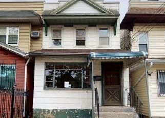 Foreclosed Home in South Richmond Hill 11419 103RD AVE - Property ID: 4426817514