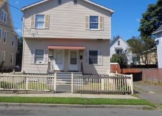 Foreclosed Home in Bridgeport 06610 PRINCE ST - Property ID: 4426838536