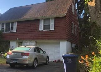 Foreclosed Home in Bridgeport 06606 PITT ST - Property ID: 4426841602