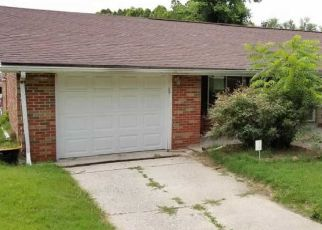 Foreclosed Home in Fairview Heights 62208 MONTCLAIR DR - Property ID: 4427006274