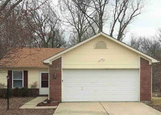 Foreclosed Home in Indianapolis 46235 WATERFIELD LN - Property ID: 4427051389