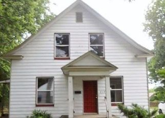 Foreclosed Home in Springfield 65802 W CALHOUN ST - Property ID: 4427267757