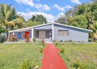 Foreclosed Home in Miami 33162 NE 158TH ST - Property ID: 4427396962