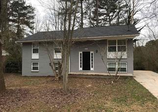 Foreclosed Home in Jonesboro 30238 QUEENS DR - Property ID: 4427422351