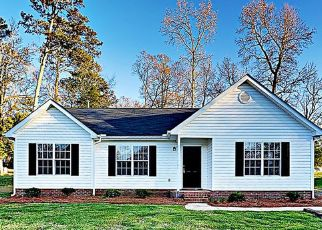 Foreclosed Home in Wingate 28174 CRESCENT WAY - Property ID: 4427440308