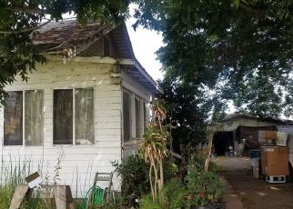 Foreclosed Home in Oxnard 93033 HOWELL RD - Property ID: 4427561182
